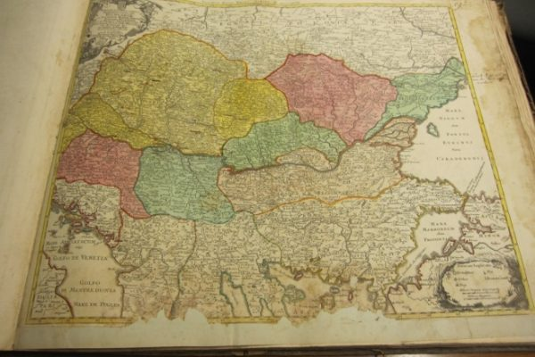 Atlas Mapparum Geographicarum Generalium & Specialium Centvm Foliis Compositum…